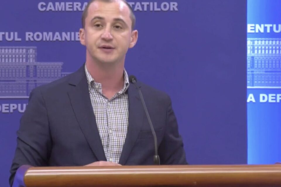 Simonis anunță că senatorii PSD vor vota pentru încuviinţarea punerii lui Bodog la dispoziția instanței