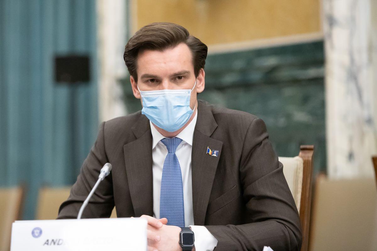 Andrei Baciu anunță că, în București, a început vaccinarea angajaților a două mari companii. De luni urmează angajații din hoteluri și restaurante