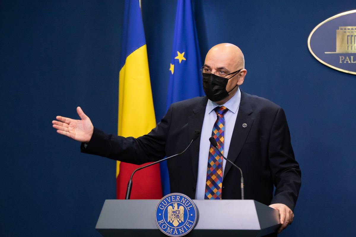 Arafat, după ce Voiculescu și Moldovan au spus că el știa despre ordinul carantinării: Grupul tehnico - ştiinţific nu ia decizii şi le execută, propunerile merg la CNSU spre avizare