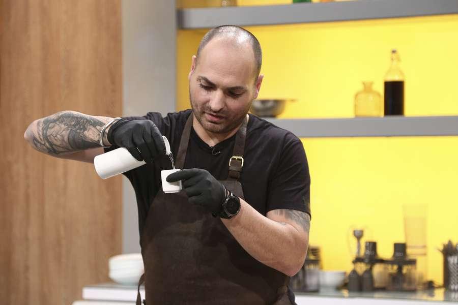 Chef Cătălin Petrescu, vizită inedită la Chefi la cuțite, duminica.