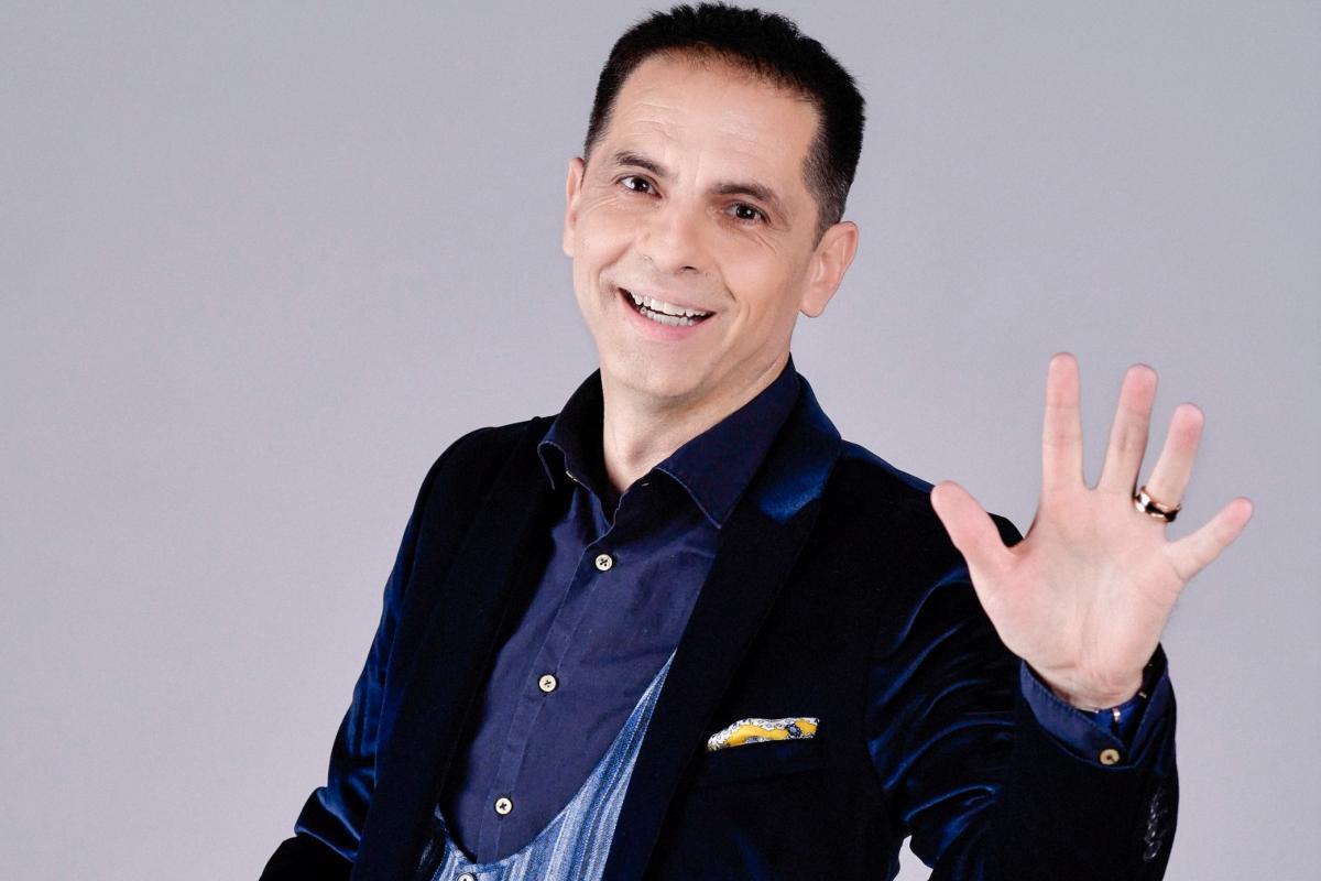 """AntenaPlay lansează """"Legende"""" cu Dan Negru. Primul episod îl are ca invitat pe Ilie Năstase"""