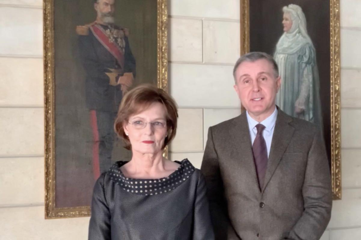 """Familia regală a României, mesaj de condoleanțe la moartea Prințului Consort Philip al Marii Britanii: """"Regina Elisabeta a II-a şi Principele Philip rămân drept modele spirituale, surse fundamentale de inspiraţie"""""""