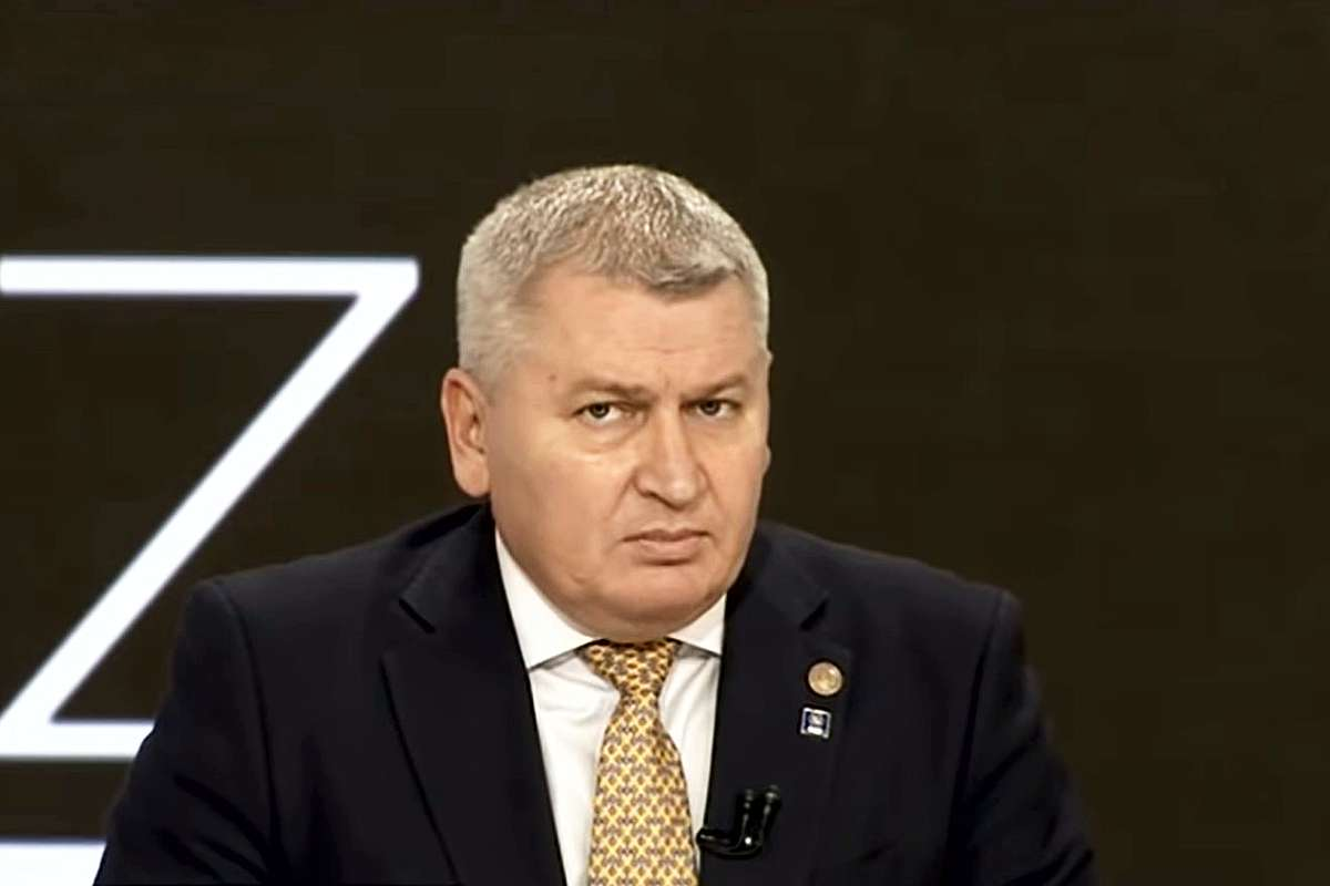Revocare Vlad Voiculescu - Florin Roman (PNL): Nu a înţeles că în guvern se joacă în echipă, nu la individual compus