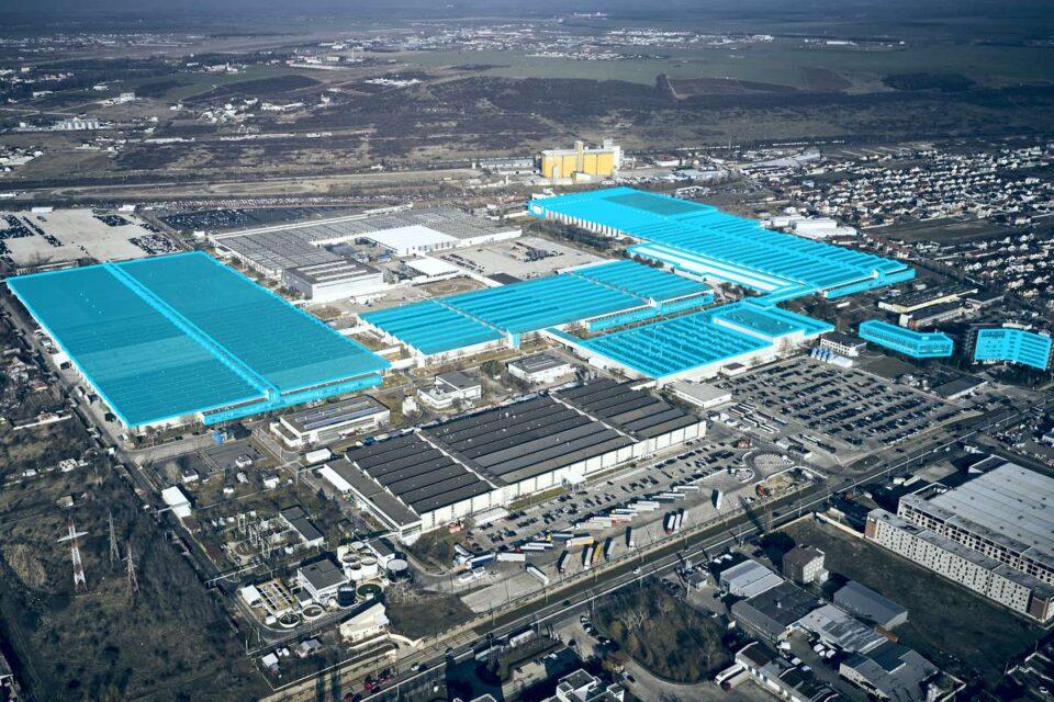 Ford produce un nou vehicul comercial uşor la Craiova. Este primul Ford electric produs în România