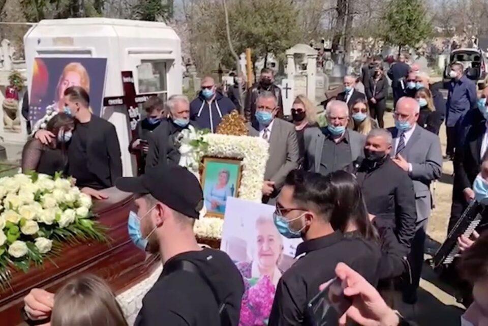Gabi Luncă, înmormântată cu lăutari, într-un cavou așa cum și-a dorit