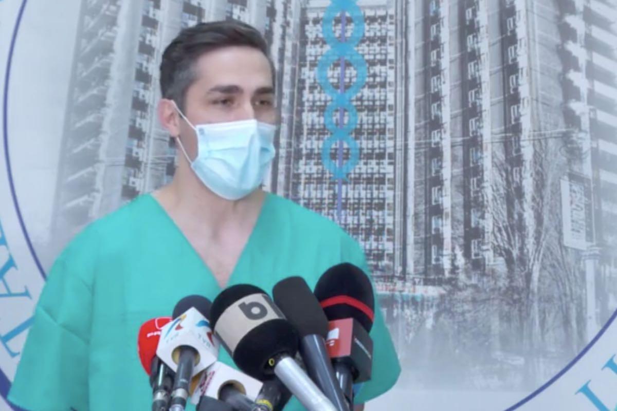 Gheorghiţă anunță că 61 de fluxuri de vaccinare AstraZeneca trec pe ser Moderna