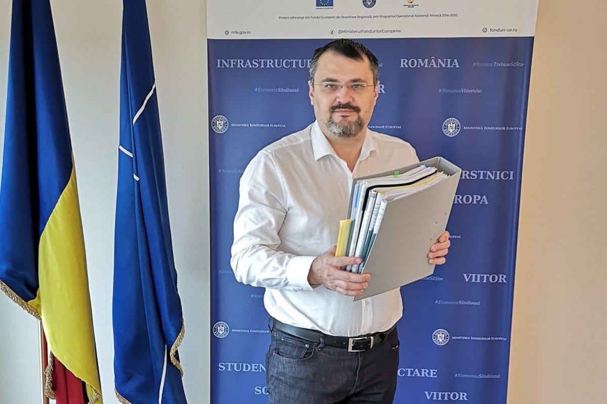 """Ghinea despre criza din coliția de guvernare: """"Adulții din încăpere"""" au fost Barna și Iohannis"""