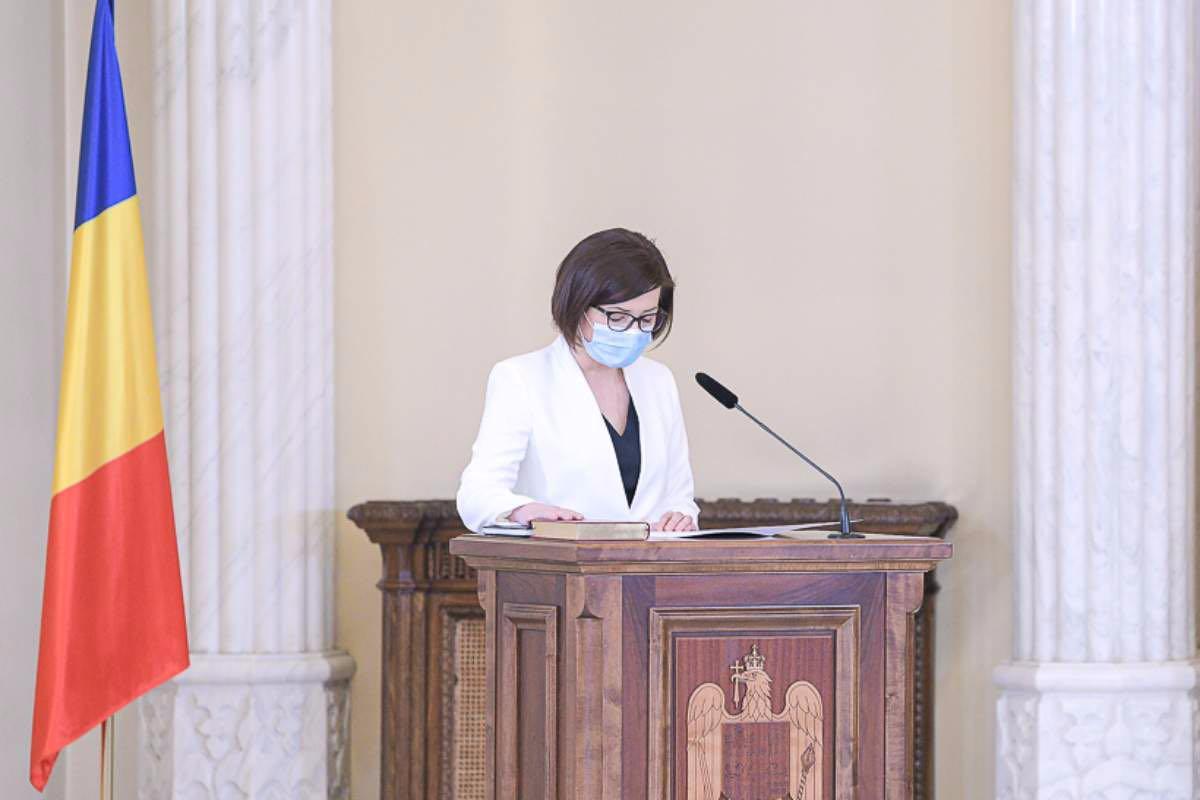 Ioana Mihăilă afirmă că vaccinarea nu a fost atacată de către colegii de la Ministerul Sănătăţii