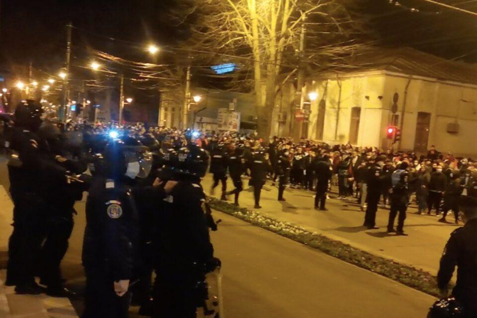 Jandarmeria a aplicat 444 de amenzi, în urma protestelor de miercuri
