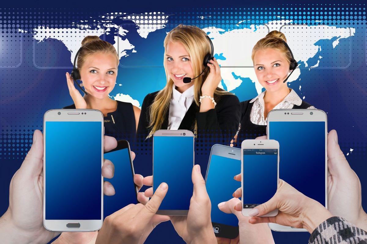 Ministerul Sănătăţii lansează o linie telefonică de sprijin psihologic pentru cei afectați de pandemie