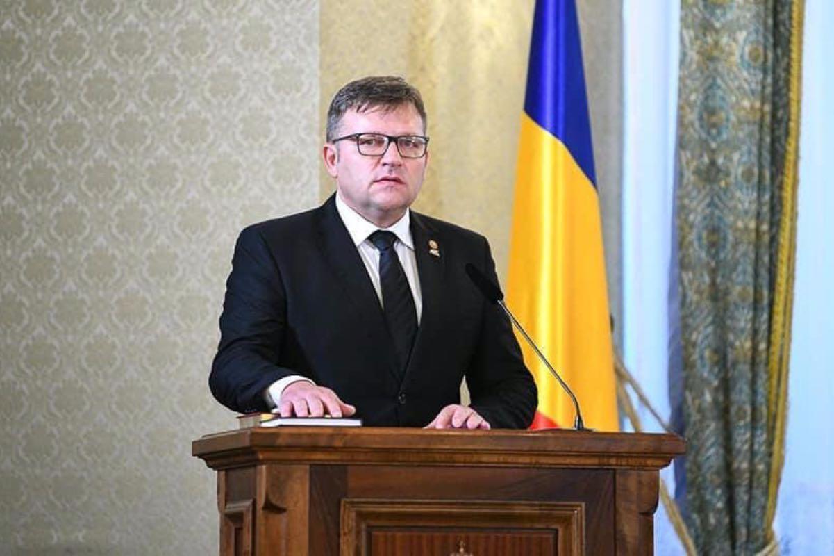 Marius Budăi: În România se moare, iar bărbații de stat își dau cu trotinetele în cap!