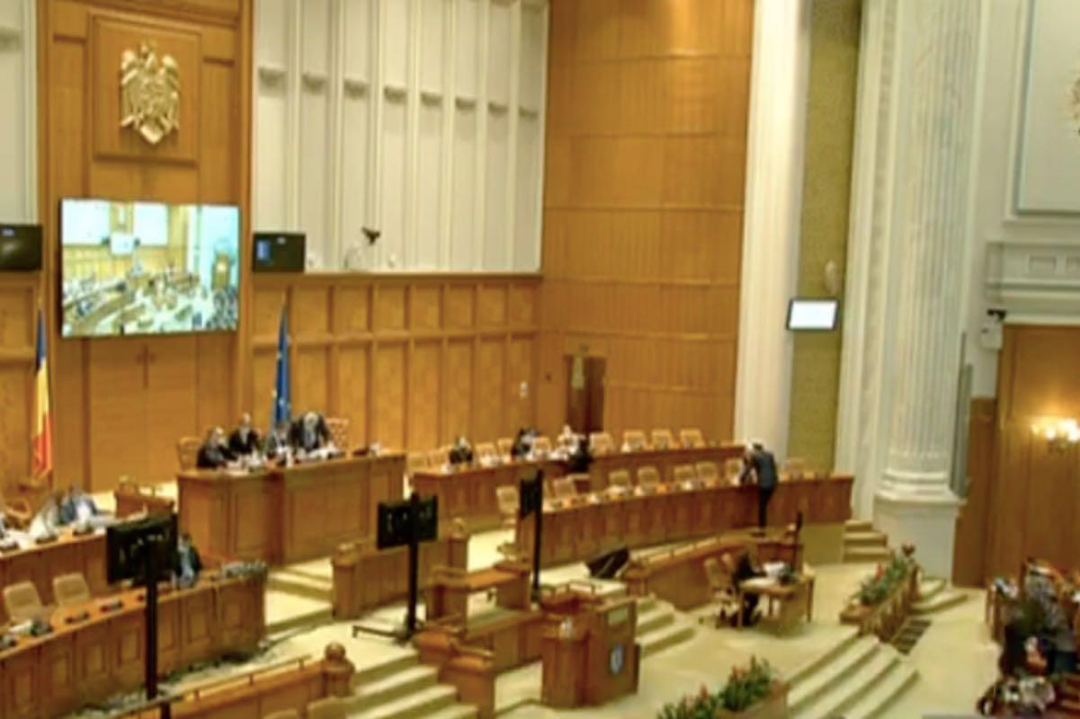 Parlamentul, în plenurile reunite, va vota rapoartele SRTV și SRR pe 21 aprilie