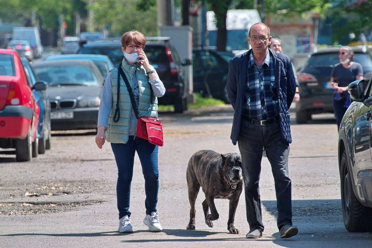 Se ridică restricțiile în București, după ce rata de infectare a scăzut