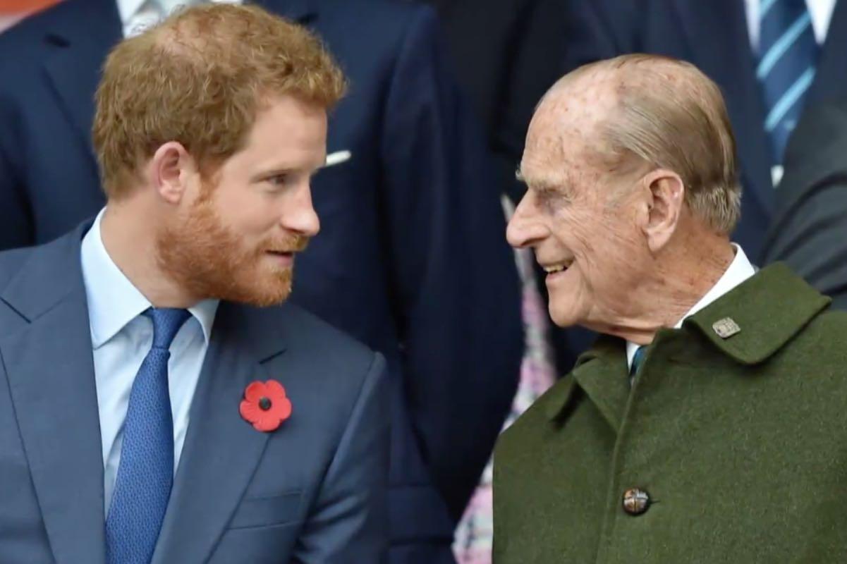 Prinţul Harry a ajuns în Anglia pentru funeraliile bunicului său. Soția sa a rămas în SUA