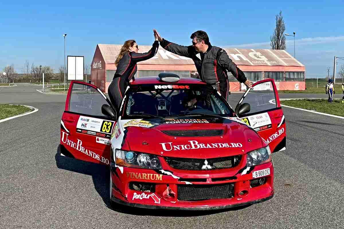 Răzvan și Manuela Trisnevschi sunt cea mai cunoscută pereche din cursele de raliu