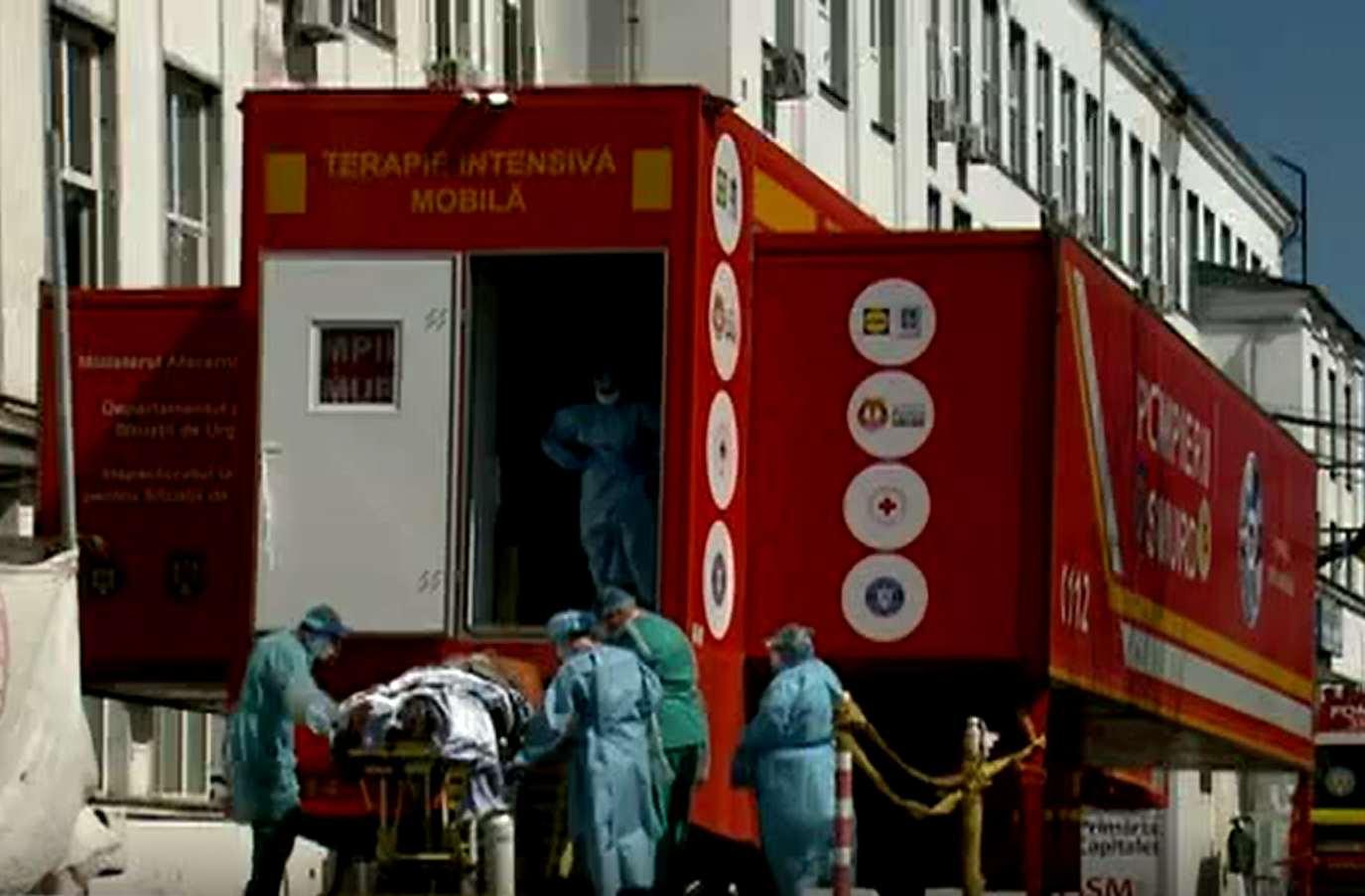 Pană de OXIGEN la unitatea mobilă de terapie intensivă de la Spitalul Victor Babeş din Bucureşti: Trei persoane au murit