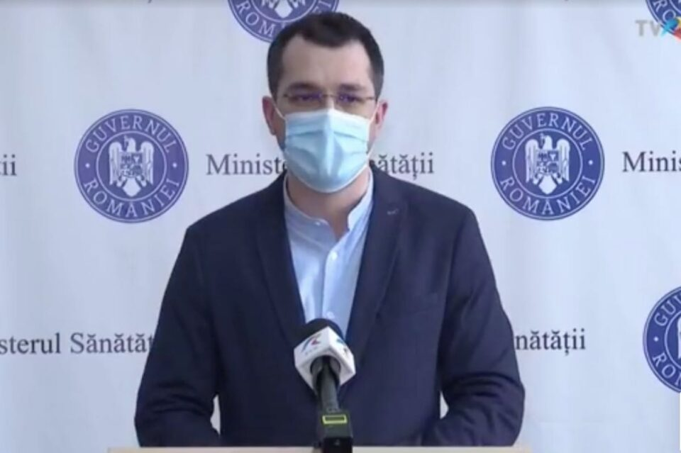 Vlad Voiculescu anunţă modificarea condițiilor de înmormântare a persoanelor infectate cu COVID. În plus, aparținătorii vor avea dreptul la vizite în spital