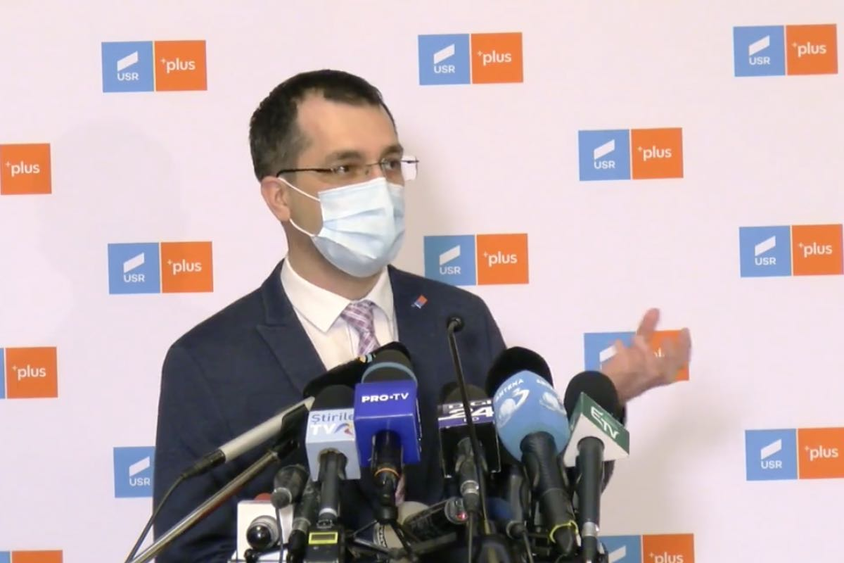 Voiculescu, despre deschiderea şcolilor: Este un succes al acestui Guvern, dar s-a transformat în pasarea vinei la MS
