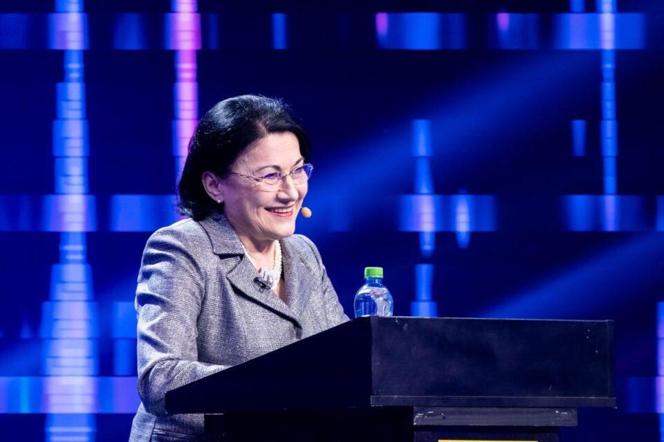 Ecaterina Andronescu a venit pregătită la iUmor: a citit cartea lui Mihai Bendeac și a ascultat melodiile lui Cheloo!
