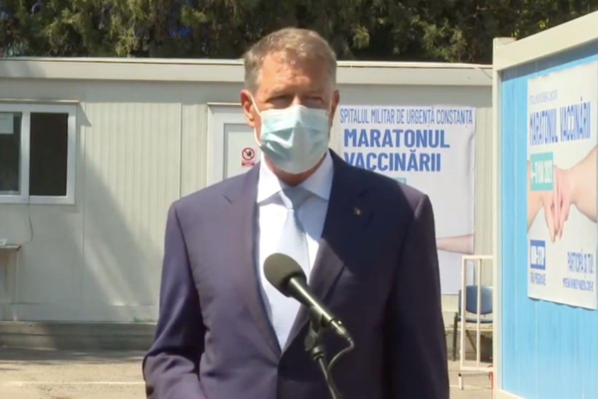 Iohannis, de un optimism teribil: Astăzi vom depăşi 100.000 de persoane vaccinate într-o zi. Noi stăm în România extraordinar de bine cu această campanie de vaccinare