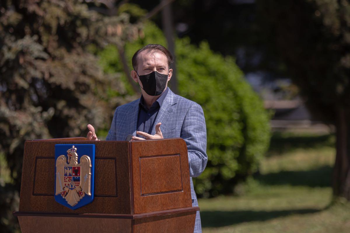 """Cîţu, după ce a aflat că s-au vaccinat100.454 persoane, în ultimele 24 de ore: """"România, hai că se poate!"""""""