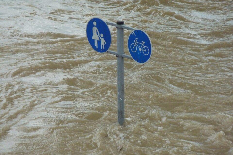 Pericol! Hidrologii au emis alertă de viituri pentru 14 județe!