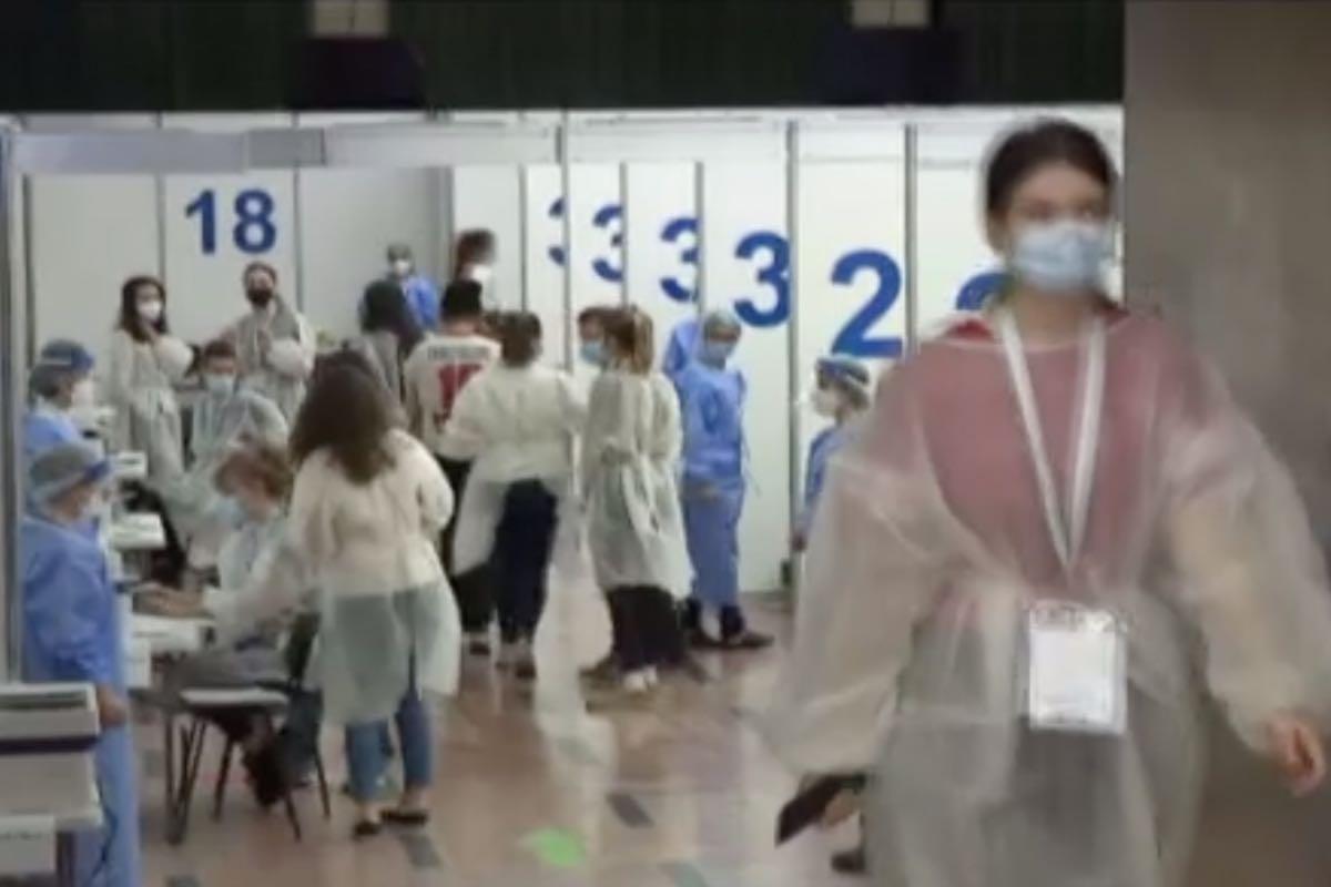 Maratonul de vaccinare de la Bucureşti, un succes! Peste 5500 de persoane vaccinate anti COVID, până sâmbătă la prânz