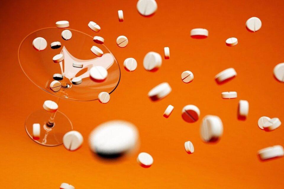 Pfizer anunță că un medicament oral, experimental, pentru tratarea COVID, va fi disponibil curând
