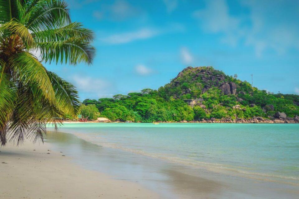 Paradoxul din Seychelles: 60% din populaţie este vaccinată, dar cazurile de COVID sunt în creştere