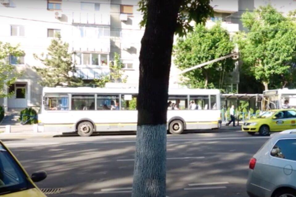 Transportul public din Capitală, reorganizat! În vederea optimizării vor exista benzi proprii