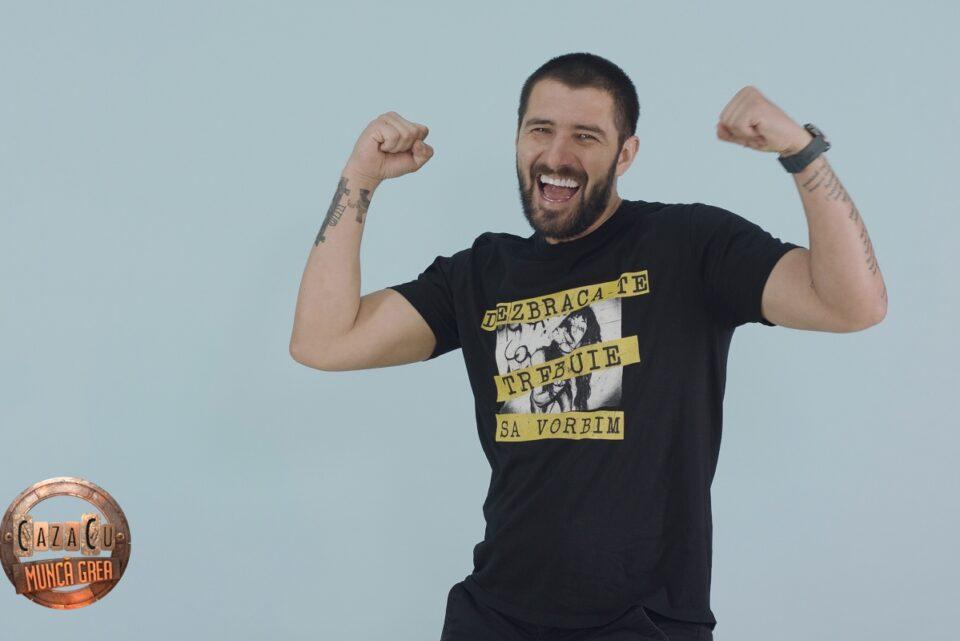 """Află ce a pățit Cătălin Cazacu, umăr la umăr cu pompierii, astăzi, la """"CazaCU Muncă Grea"""", pe canalul de YouTube Kanal D România, secțiunea theXclusive"""