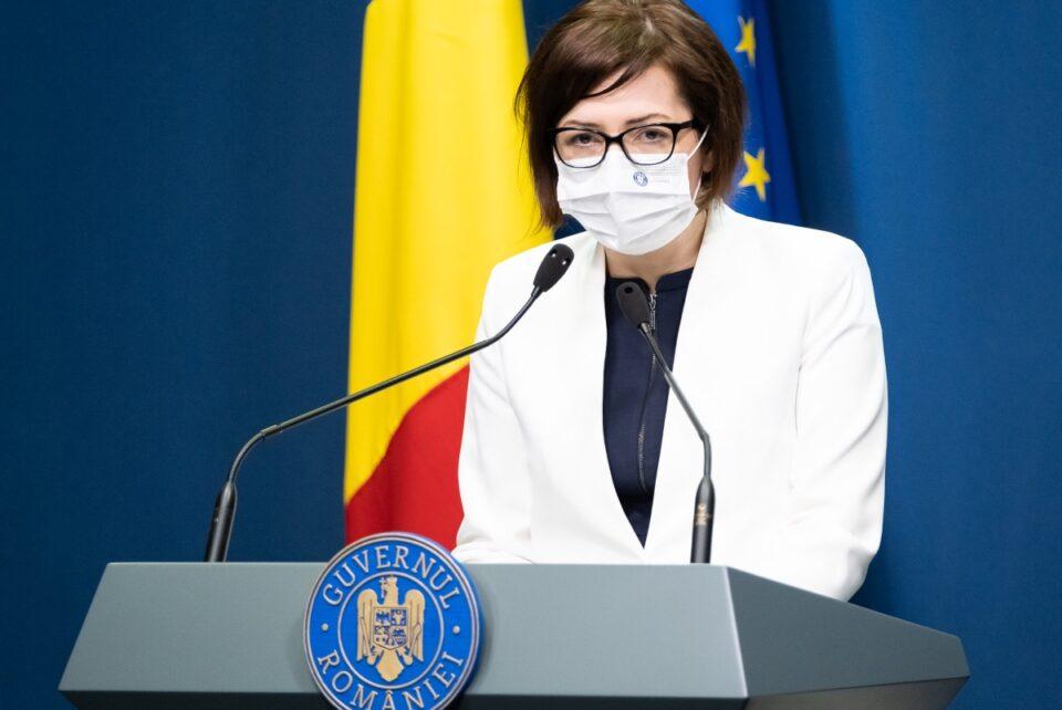Alertă! Dezinfectanți diluați! Ioana Mihăilă demarează anchetă