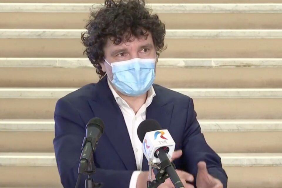 Nicușor Dan anunță că va cere prefectului Capitalei să atace în instanță 5 PUZ-uri de sector
