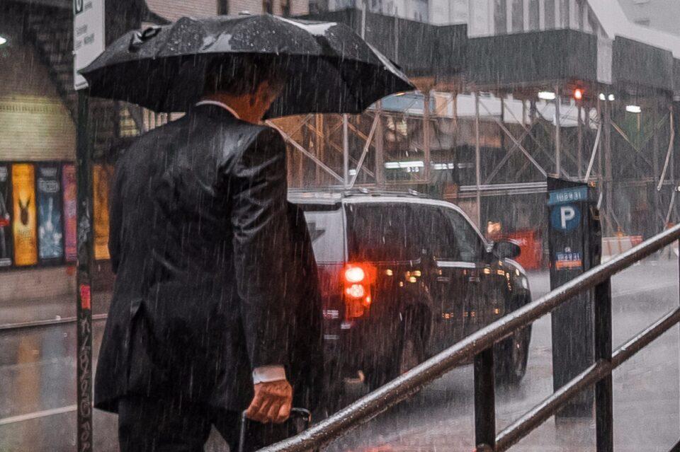 12 județe din România, sub Cod Portocaliu de ploi abundente