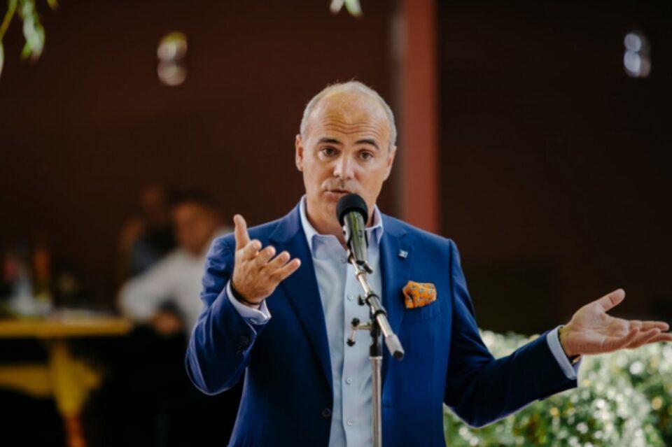 """Rareș Bogdan explică de ce îl susține pe Florin Cîțu pentru președinția PNL: """"Este un liant între generații, este un liant între conservatorism și progresism"""""""