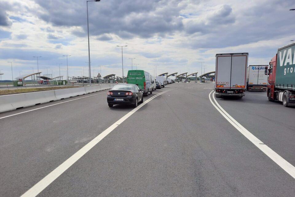 Un TIR cu 16.000 de kilograme de deşeuri, venite din Polonia, oprit de Poliția de Frontieră, la Vama Borş