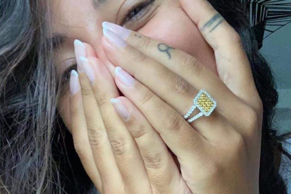 Alex Velea a cerut-o de nevastă pe Antonia! Iată cum arată inelul cu diamante
