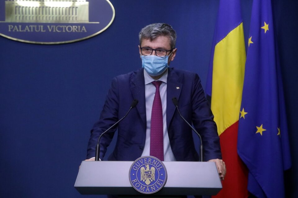 Virgil Popescu îi dă replica Gabrielei Firea: PSD nu a plafonat prețul, ci a dat OUG 114, iar energia electrică ajunsese mai scumpă decât în restul Europei
