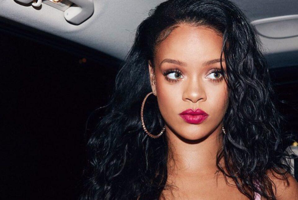 Rihanna, cea mai bogată cântăreață din lume!