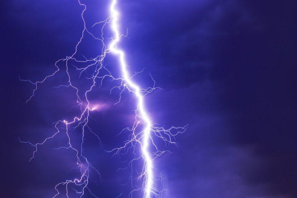 Alertă meteo: Cod Portocaliu de furtuni, în aproape toată țara