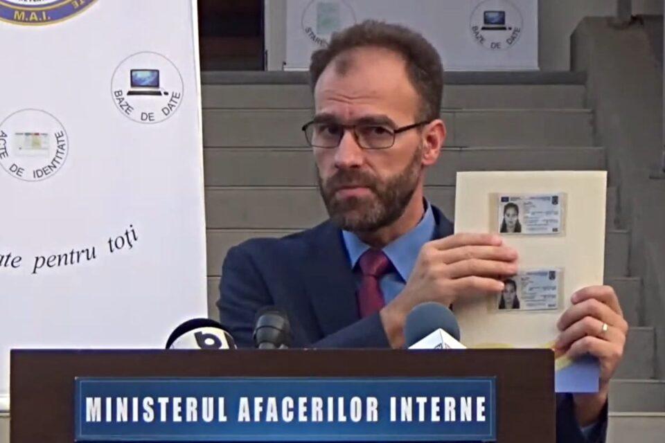 Chestorul de poliţie Cătălin-Aurel Giulescu, despre nou CI electronică. foto: captură youtube