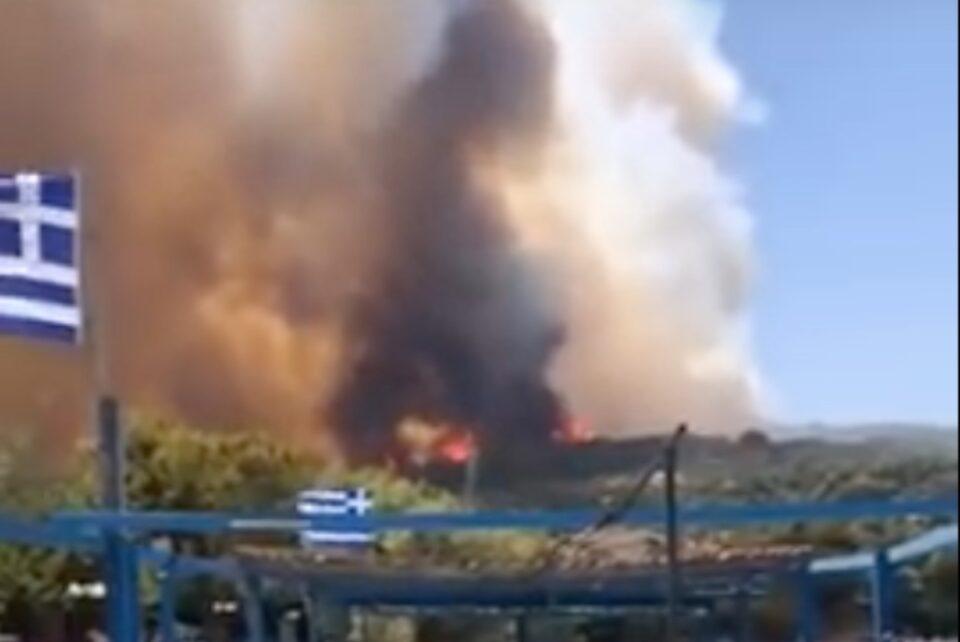 În Grecia s-a declanșat iadul: oamenii fug din calea incendiilor