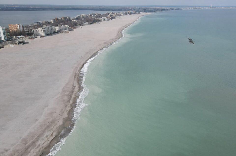 Plajele din Mamaia, la control! Poliția, inspectorii Antifraudă și cei de la Apele Române verifică leglitatea activităților de pe plajă
