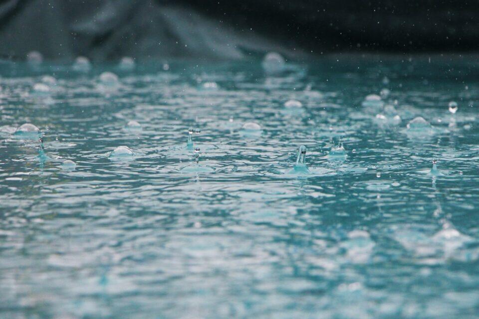 Meteorologii anunță că după caniculă vin ploile