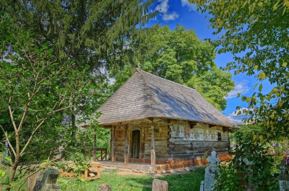 Biserica de lemn din satul Urși, marele câștigător al Premiilor Europene pentru Patrimoniu